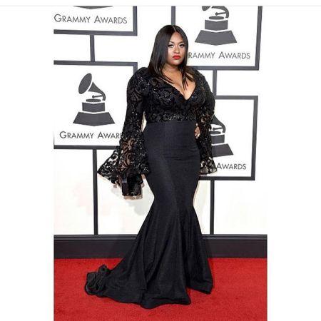 R & B Songstress Jazmine Sullivan